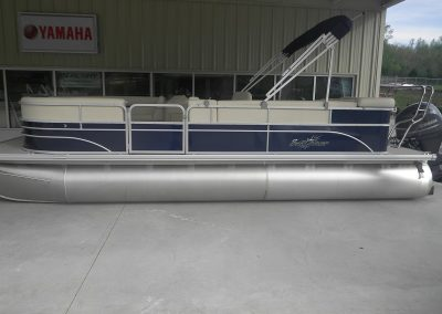 2017 Sunchaser 8522 CRS with 115 Yamaha & Tandem Trailer