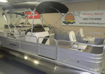 2019 Sunchaser 818 Fish and Cruise with 2019 Drive on Trailer