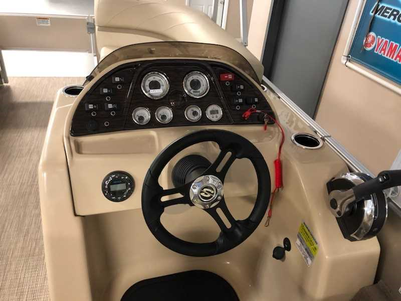 2020 Sunchaser Fish and Cruise - Sandhill Boat